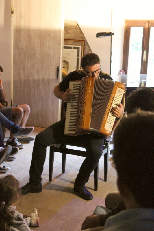 Giacomo Rotatori Preparing at ValdericArte, Le Marche,/Italy