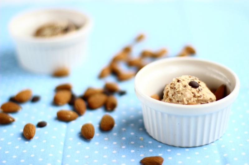 Dairy-free almond ice cream