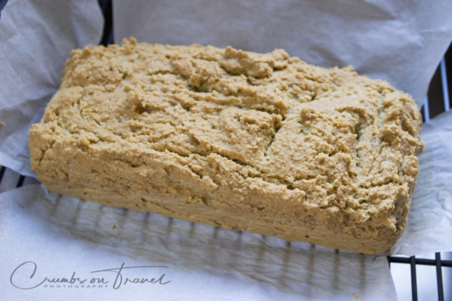 Glutenfree sandwich bread with almonds