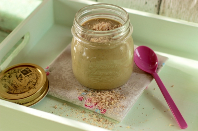 Almond Cream with Wild Herbs Smoothie