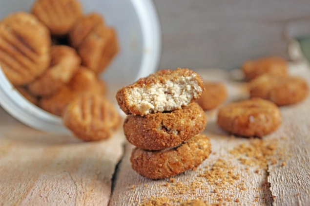 No Bake Apple Cinnamon Cookies
