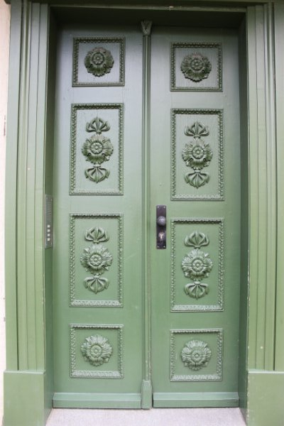 Green door in Schwerin, Germany