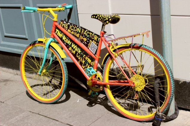 Colorful bicicle seen in Dublin/Ireland