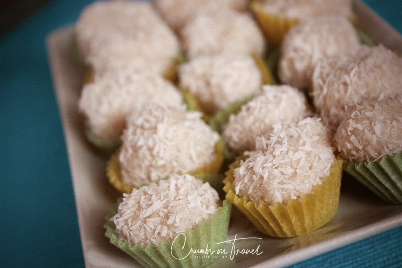 almond-coconut-praline-2
