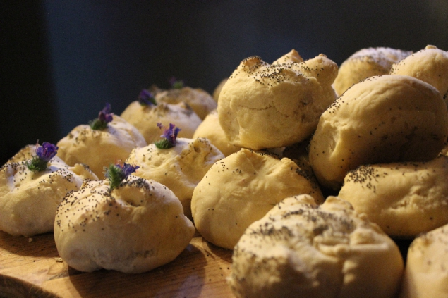homemade rolls with herbs, Erbe delle Streghe, 24th June, Val d'Erica