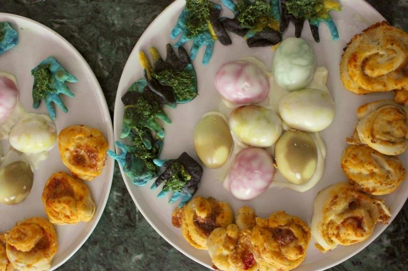 Colored eggs, celebration of colors, b&b Valdericarte, Le Marche/Italy