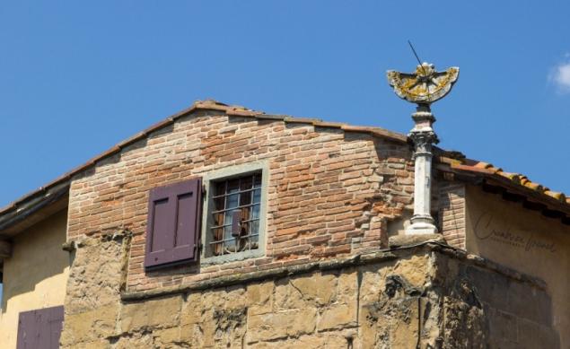 Sundial, Ponte Vecchio, Florence, Tuscany/Italy