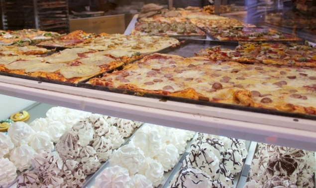 Pizza al trancio, meringhe – fast pizza, meringue