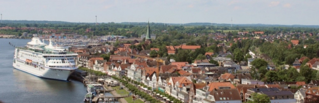 View on the village and some cruise ship in Travemünde, Schleswig-Holstein/Germany