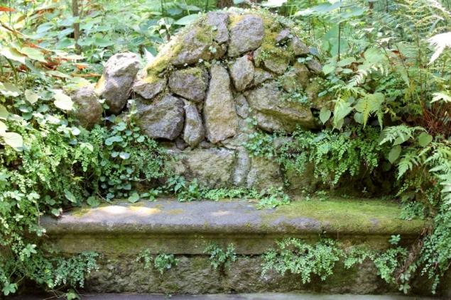 Stone bench, Giardini La Mortella, Forio d'Ischia, Campagna/Italy