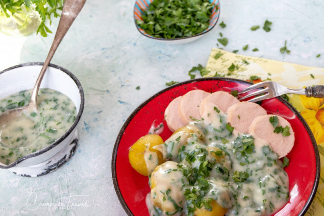 Parsley Bechamel Sauce with sausage and potatoes