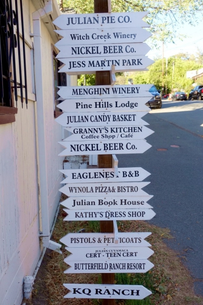 Street signs in Julian, California/USA