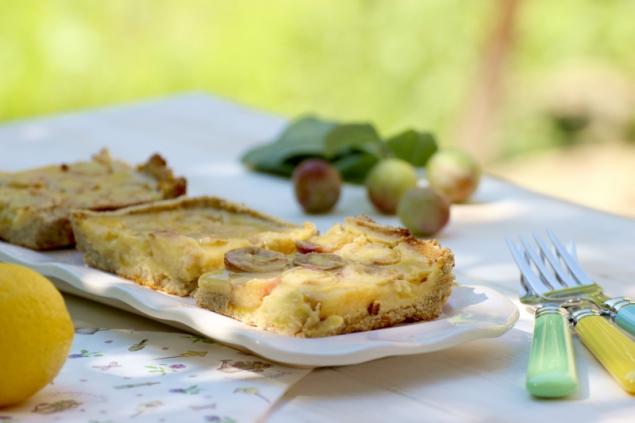 Paleo lemon tart