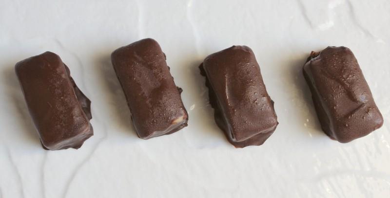 Tahini almond bars