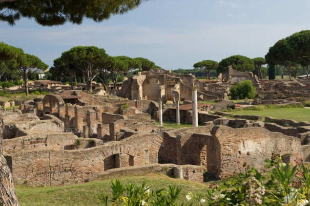 Street-view, Ostia Antica, Lazio/Italy