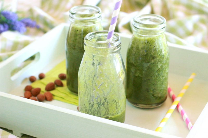 Peach Spinach Smoothie with Basil