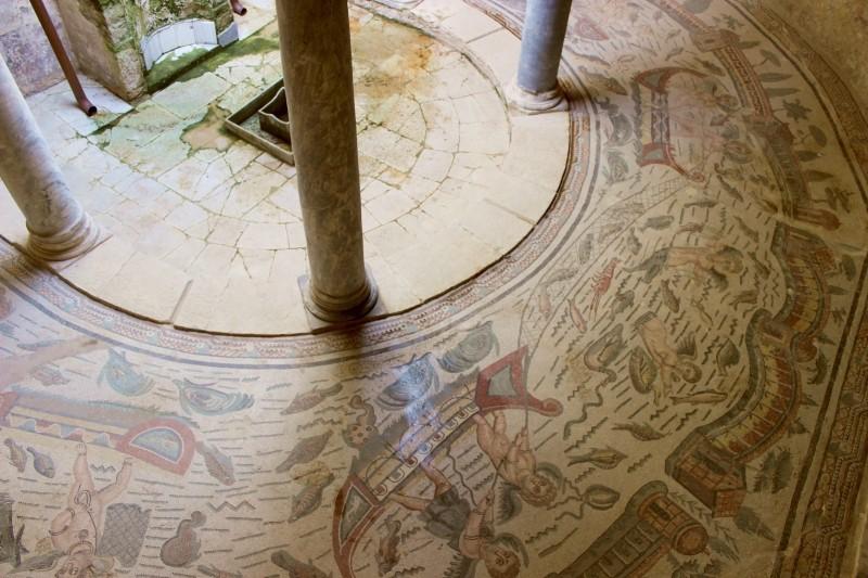 Half round portico at the Villa Romana del Casale, Piazza Armerina, Sicily/Italy