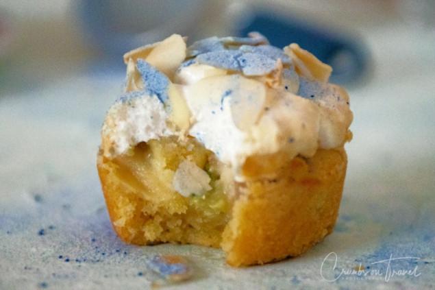 Rhubarb-Meringue-Cake
