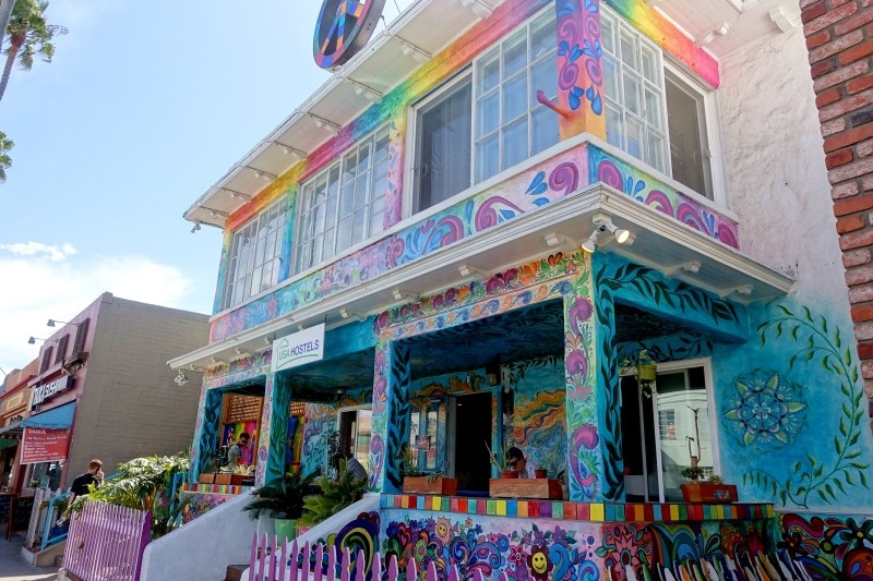 Hippie hostel at La Jolla, San Diego, California/USA