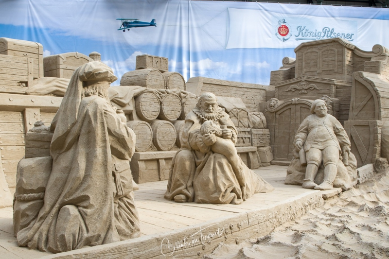 Sand Sculptures Travemünde 2019 - Life on the boat