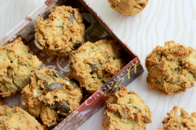 pumpkin seed muffin rolls