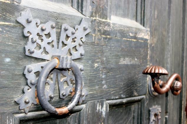 door knocker in Lübeck