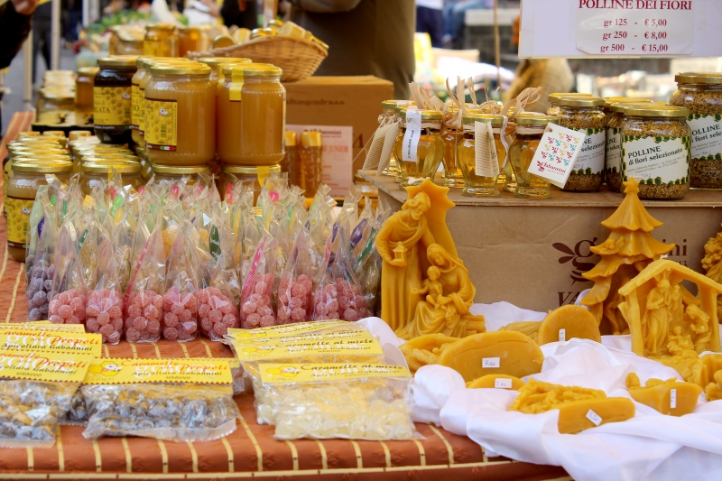 Truffle festival, food stand, Sant'Angelo in Vado, Le Marche, Italy