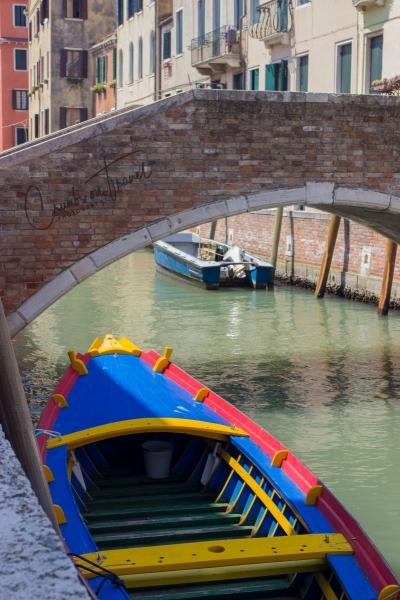 Ponte di Mezzo, Venice, Italy