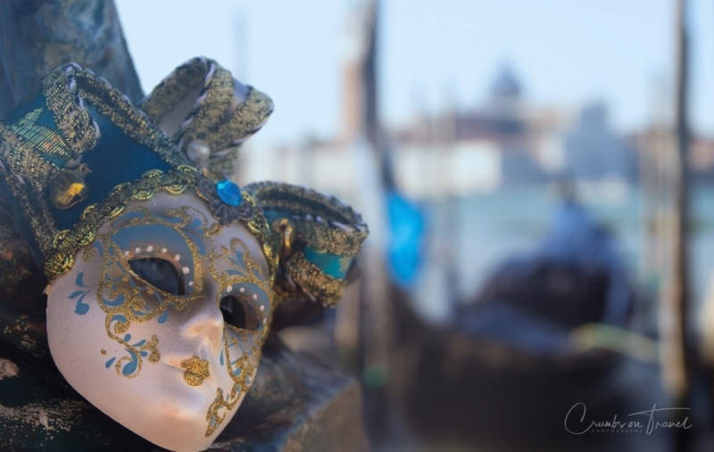 Arlecchino mask in Venice, Italy