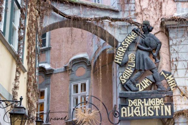 "Griechenbeisl restaurant with singer and bagpiper Marx Augustin (song ""Oh, you dear Augustin""), Vienna/Austria"