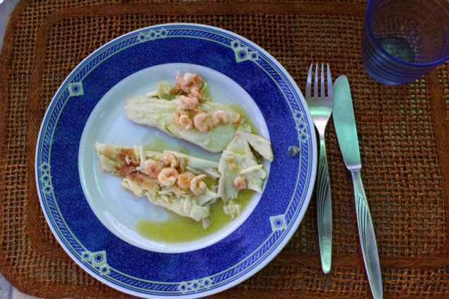 Cod with crabs and lemon sauce